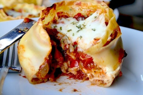Lasagna Cups...a new way to enjoy lasagna for dinner. Perfect for pasta night!!