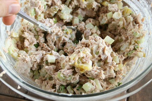 Tuna fish salad recipe dishmaps for Tuna fish salad recipe with egg