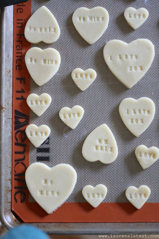 Stamped Conversation Heart Cookies from www.laurenslatest.com