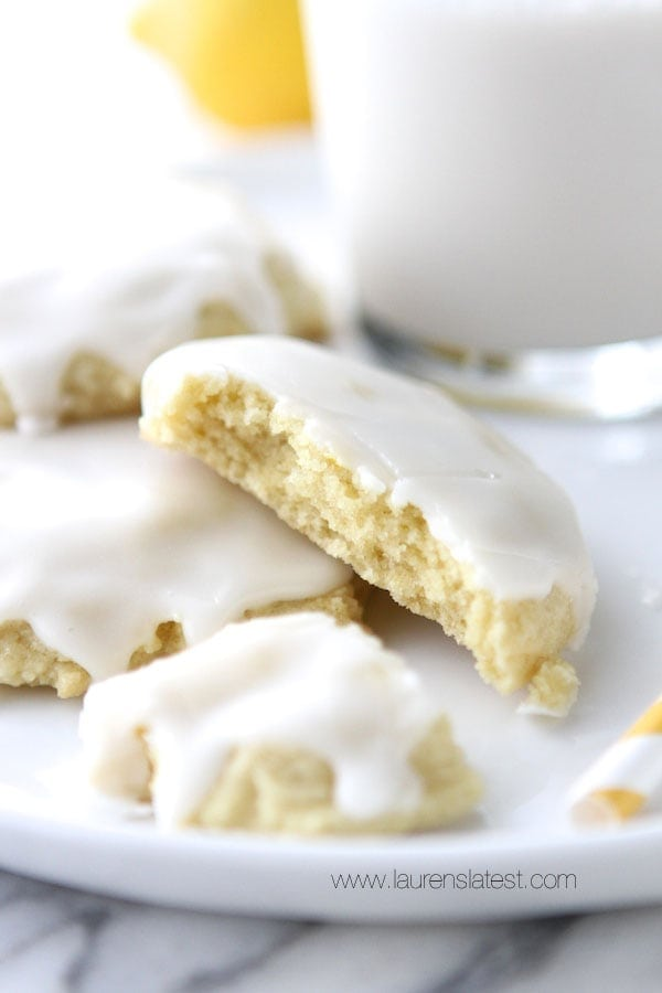 ... cookies. Especially lemon chewy cookies. My new faves Give them a
