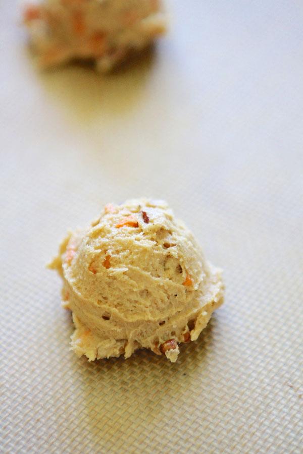 Carrot Cake Pecan Cookies with Orange Cream Cheese Frosting | Lauren's ...
