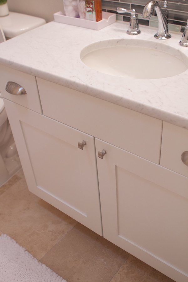 Fabulous Our bathroom cabinets are exactly the same as our kitchen cabinets uCanyon Creek Cabinet Company us Katana Frameless Cabinetry with the Sabre door shaker