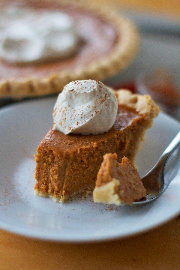Fail-Proof Homemade Pumpkin Pie