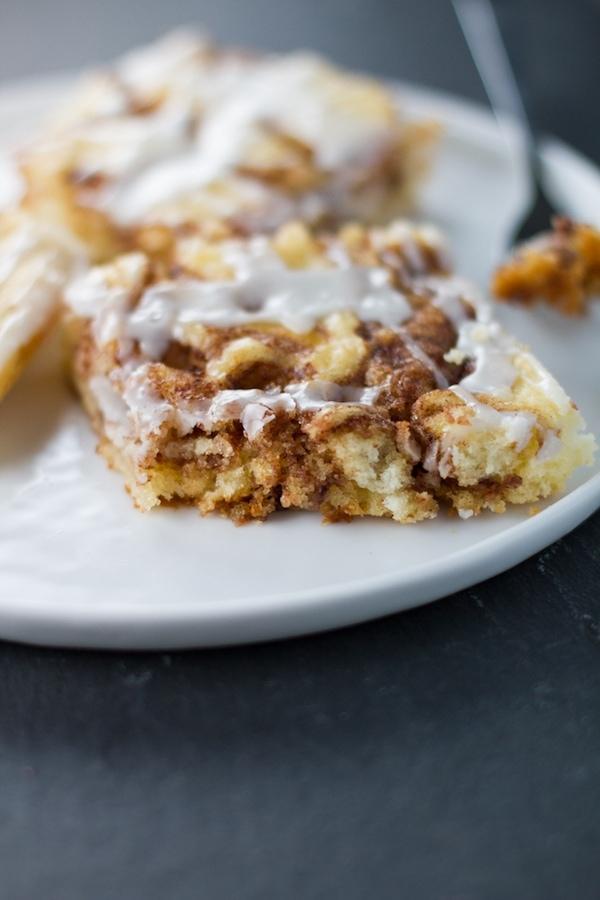 Cinnamon Roll Sheet Cake Lauren S Latest