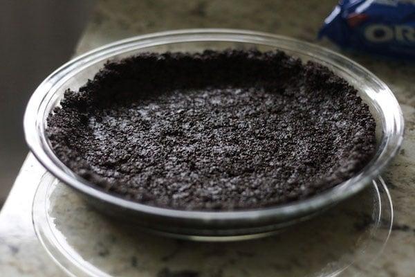 Double Chocolate Silk Cream Pie is like fudge in an Oreo shell - super chocolaty, rich, decadent, and sooooooooo yummy.